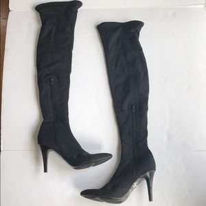BOGO ❄️ Nine West Heeled Boots